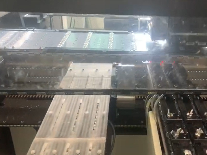 Juki SMT Machine Is Putting Lens On Led Strip