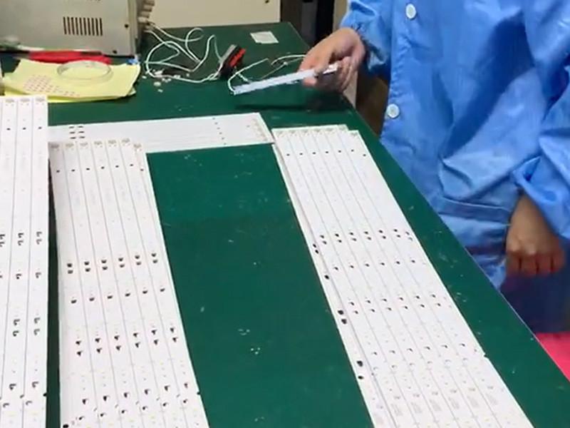 Test Tv Backlight Led Before Putting Lens
